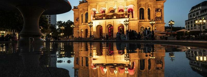 Aktion Night of Light - Frankfurt am Main - Foto: Boris Roessler/dpa