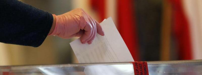 Präsidentschaftswahl in Polen - Foto: Petr David Josek/AP/dpa