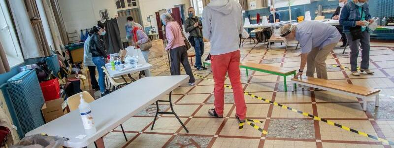 Zweite Runde der Kommunalwahlen in Frankreich - Foto: Aurelien Morissard/XinHua/dpa