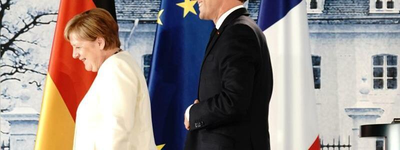 Merkel und Macron - Foto: Kay Nietfeld/dpa-Pool/dpa