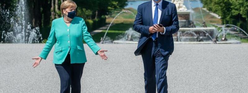 Kanzlerin besucht bayerisches Kabinett - Foto: Peter Kneffel/dpa/Pool/dpa