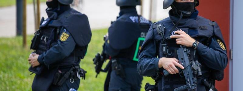 Bereitschaftspolizei - Foto: Philipp von Ditfurth/dpa