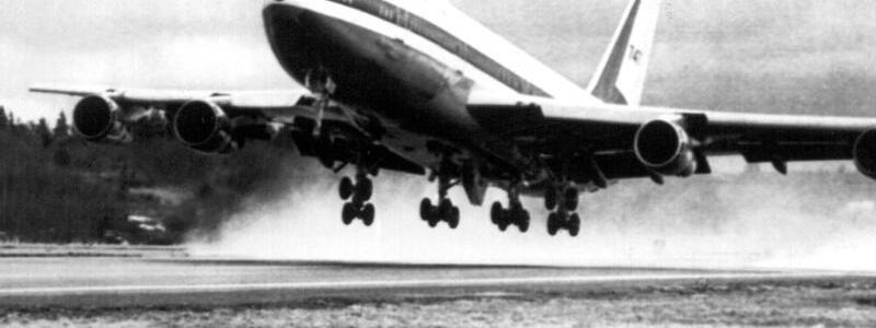 Boeing 747 beim Erstflug - Foto: DB dpa/dpa/UPI/dpa