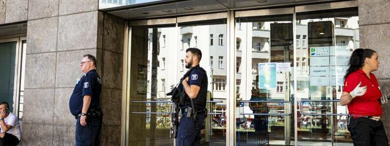 Raubüberfall am Hermannplatz - Foto: Fabian Sommer/dpa