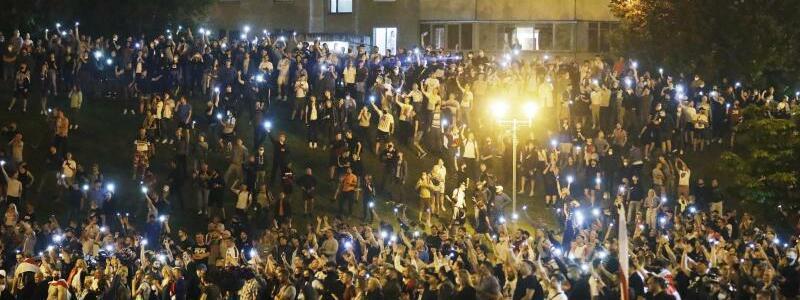 Nach der Wahl - Foto: Sergei Grits/AP/dpa