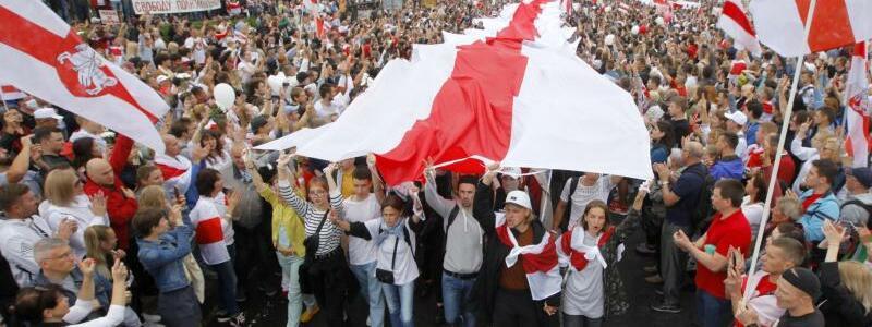 Proteste in Belarus - Foto: Dmitri Lovetsky/AP/dpa