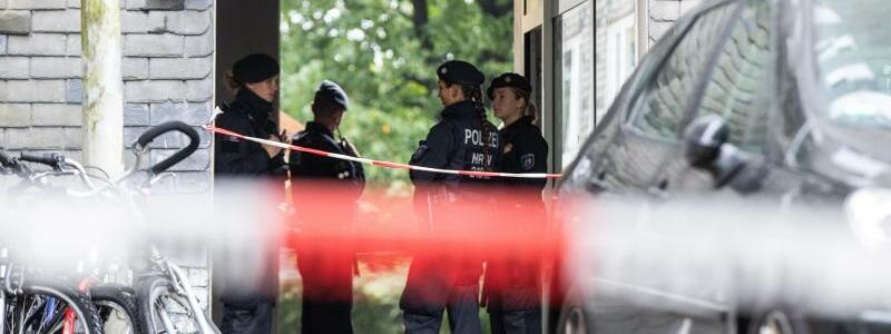 F?nf tote Kinder in Solingen gefunden - Foto: Marcel Kusch/dpa
