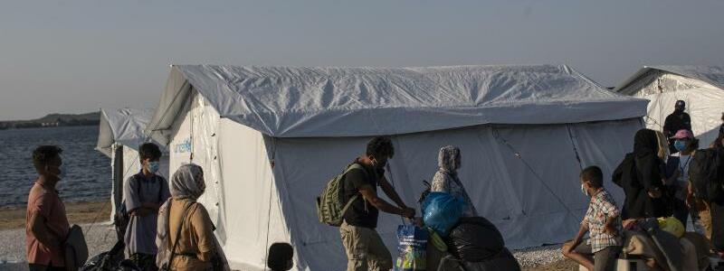 Neues Lager - Foto: Petros Giannakouris/AP/dpa