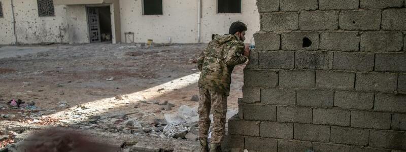 Konflikt in Libyen - Foto: Amru Salahuddien/XinHua/dpa