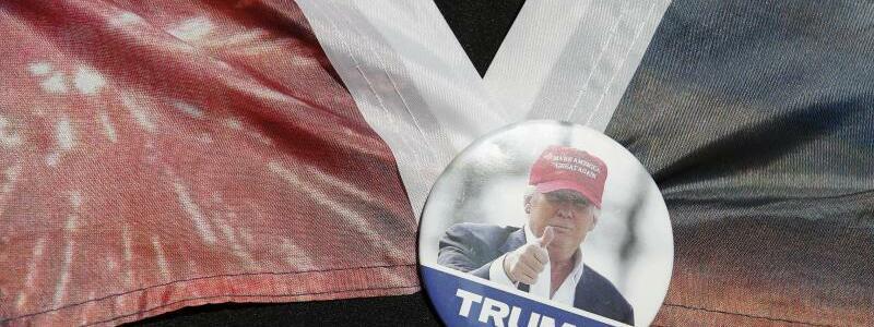 Trump-Anh?nger - Foto: Rebecca Blackwell/AP/dpa