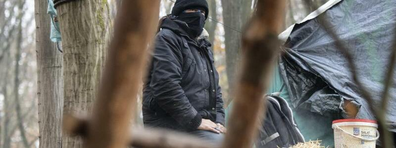 Widerstand - Foto: Boris Roessler/dpa