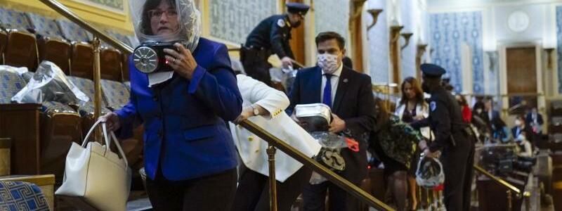 Abgeordnete - Foto: Andrew Harnik/AP/dpa