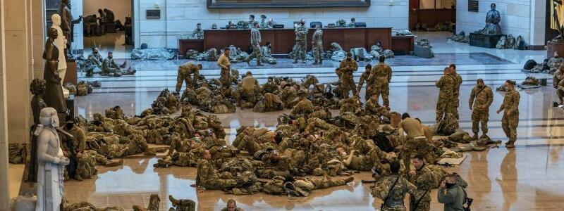 Nationalgarde im Kapitol - Foto: J. Scott Applewhite/AP/dpa