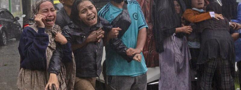 Trauer - Foto: Yusuf Wahil/AP/dpa