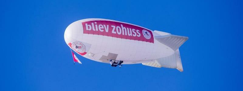 Karneval am Himmel - Foto: Rolf Vennenbernd/dpa