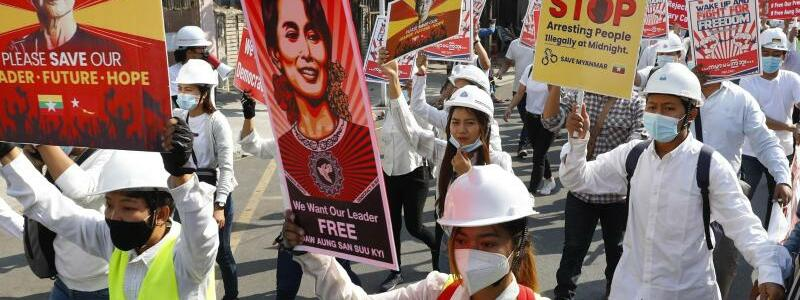 Proteste in Myanmar - Foto: Uncredited/AP/dpa