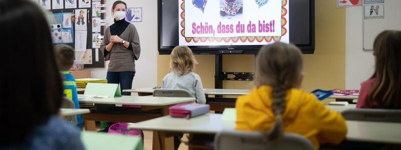 Grundschulen und Kitas ?ffnen wieder teilweise - Foto: Sebastian Gollnow/dpa