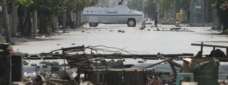 Mit dem Panzer durch die Stra?en - Foto: Uncredited/AP/dpa
