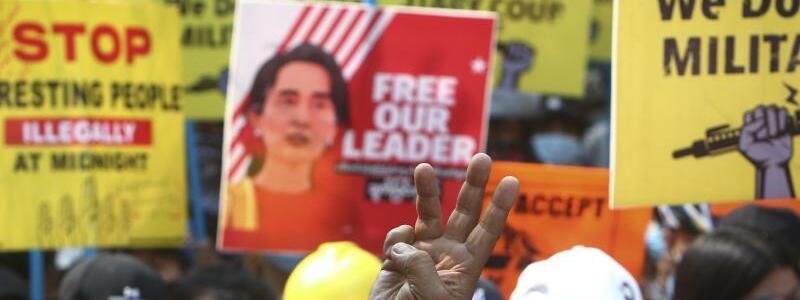 Proteste - Foto: -/AP/dpa