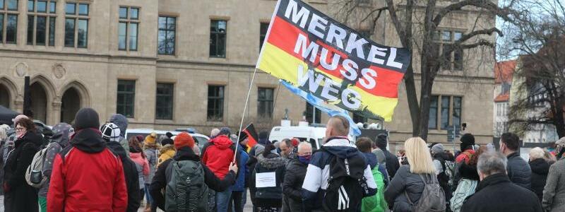 Demonstration in Erfurt - Foto: Bodo Schackow/dpa-Zentralbild/dpa