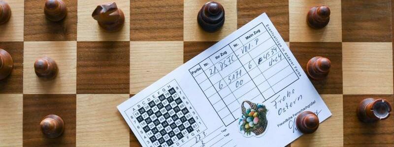 Postkarten-Schach - Foto: Jens Kalaene/dpa-Zentralbild/dpa