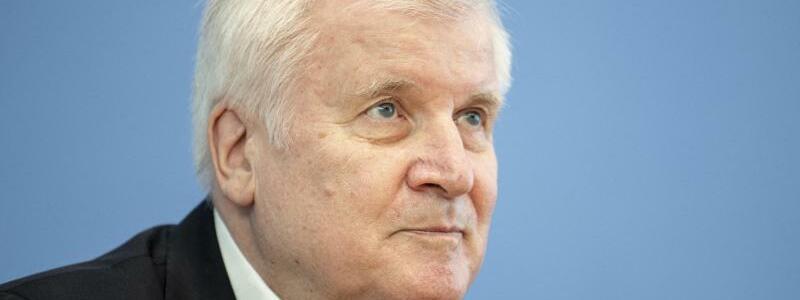Bundesinnenminister Horst Seehofer - Foto: Fabian Sommer/dpa