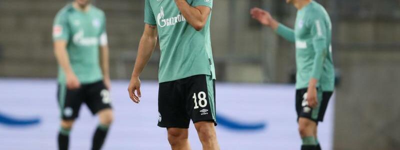 Schalker Abstieg - Foto: Friso Gentsch/dpa Pool/dpa