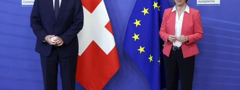 Parmelin und Von der Leyen - Foto: Francois Walschaerts/Pool AFP/AP/dpa