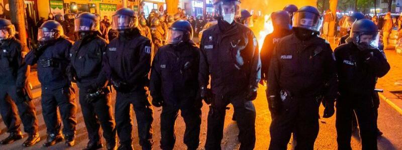 1. Mai-Demonstrationen in Berlin - Foto: Christoph Soeder/dpa