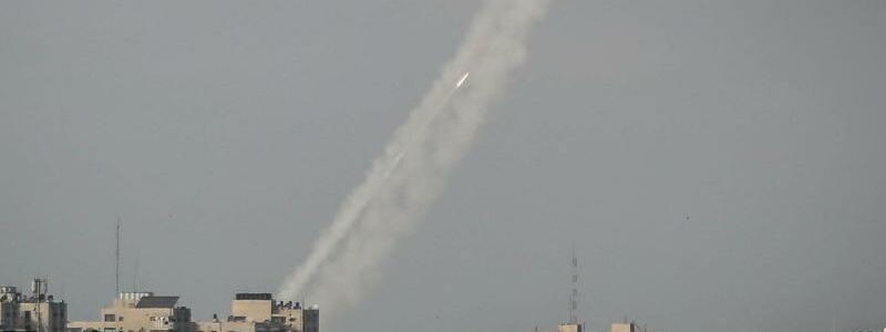 Raketen aus Gaza - Foto: Mohammed Talatene/dpa