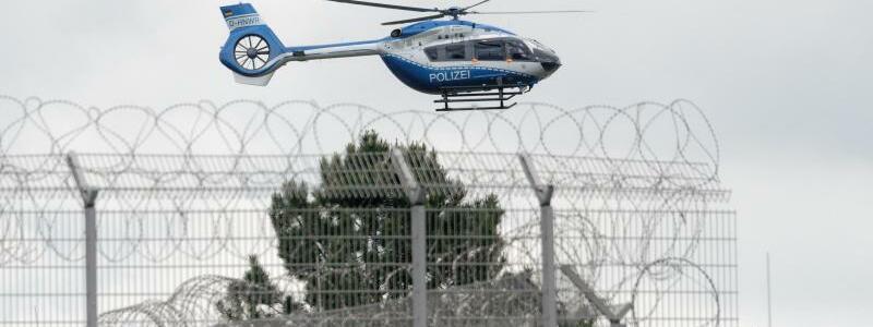 Polizei-Hubschrauber - Foto: Henning Kaiser/dpa