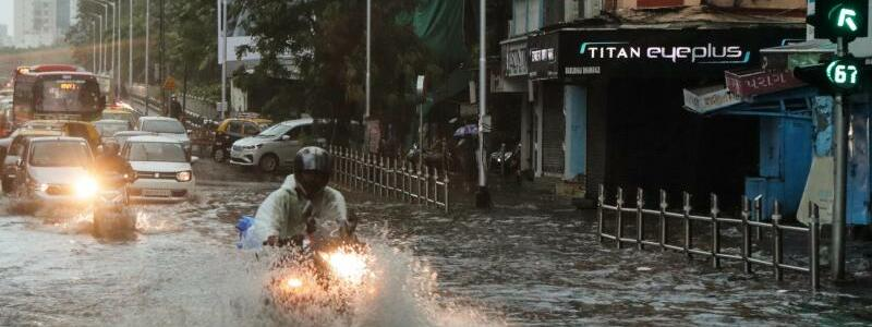 Zyklon in Indien - Foto: Rajanish Kakade/AP/dpa