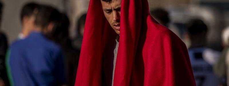 Migrant in Ceuta - Foto: Bernat Armangue/AP/dpa