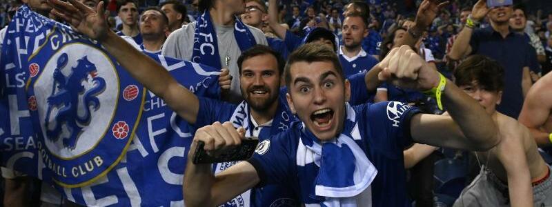 Chelsea-Fans - Foto: Pierre Philippe Marcou/Pool AFP via AP/dpa