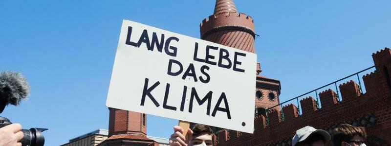 Fridays For Future - Foto: Annette Riedl/dpa