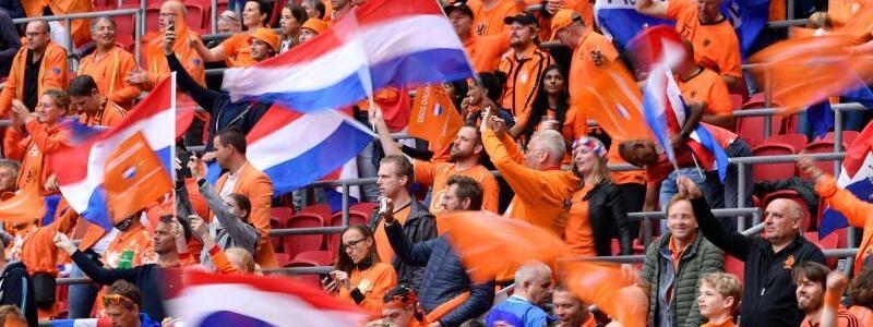 Oranje-Fans - Foto: Marius Becker/dpa