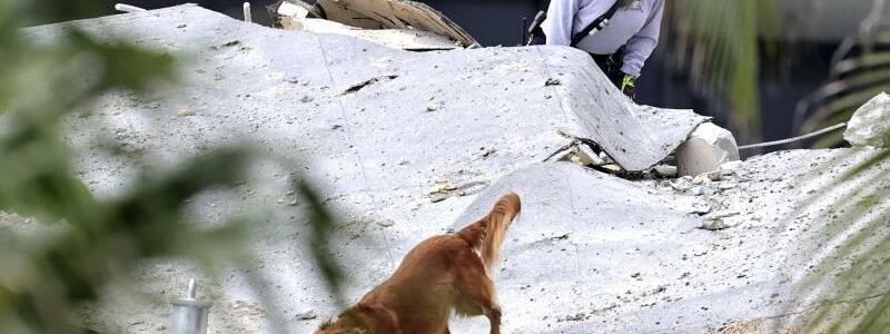 Geb?ude-Einsturz nahe Miami Beach - Foto: David Santiago/Miami Herald/AP/dpa