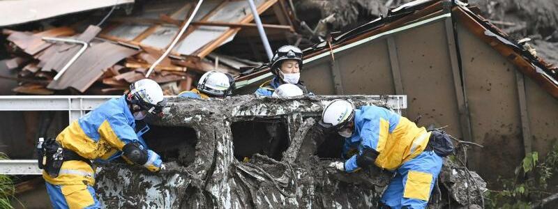 Schlammlawine in Japan - Foto: Uncredited/Kyodo News via AP/dpa