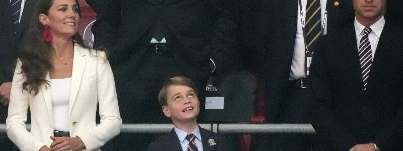 Prinz George beim EM-Endspiel - Foto: Frank Augstein/AP POOL/dpa