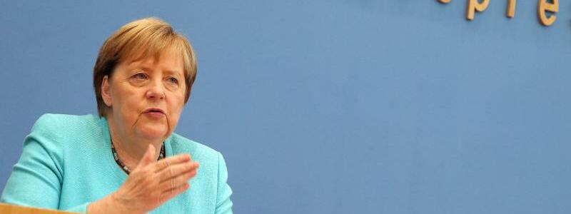 Kanzlerin Merkel - Foto: Wolfgang Kumm/dpa