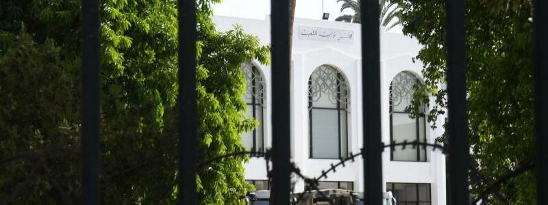Lage in Tunesien angespannt - Foto: Adel Ezzine/XinHua/dpa