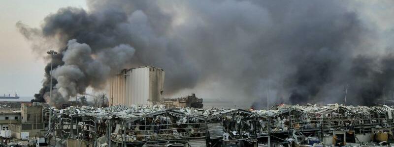 Erster Jahrestag der Explosionskatastrophe im Hafen Beirut - Foto: Marwan Naamani/dpa