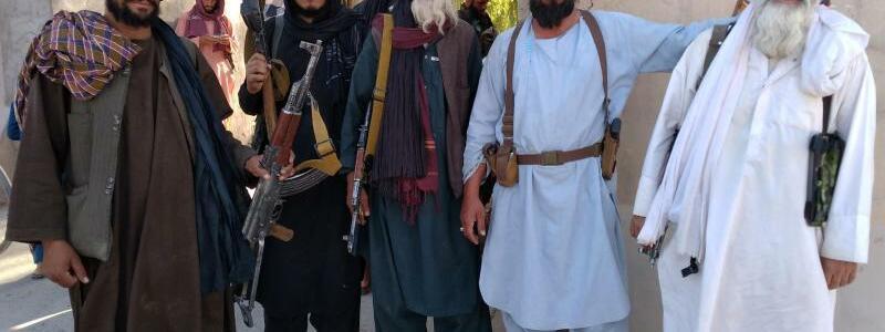 Taliban-K?mpfer - Foto: Mohammad Asif Khan/AP/dpa