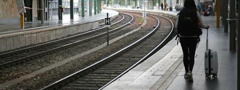 Kein Zug - Foto: Wolfgang Kumm/dpa