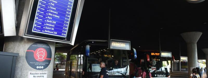 Busbahnhof M?nchen - Foto: Felix H?rhager/dpa