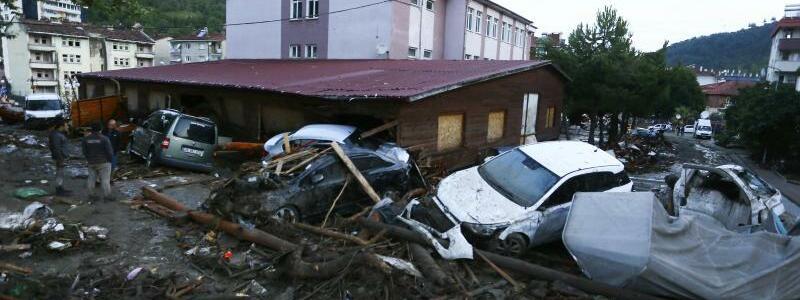 ?berschwemmungen in der T?rkei - Foto: ---/IHA/AP/dpa
