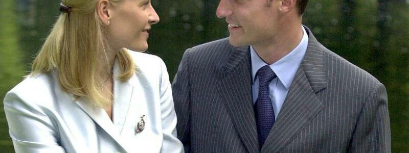 Kronprinzenpaar Haakon und Mette-Marit - Foto: Boris Roessler/dpa
