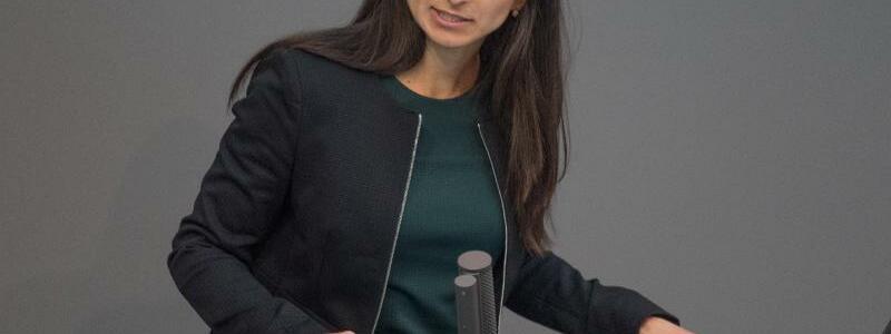 Sexismus im Bundestag beklagt - Foto: J?rg Carstensen/dpa