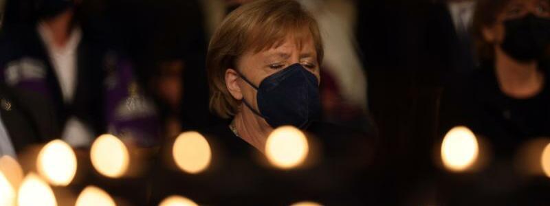 Angela Merkel in Aachen - Foto: Oliver Berg/dpa-Pool/dpa