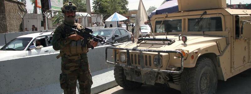 Taliban-K?mpfer - Foto: Saifurahman Safi/XinHua/dpa